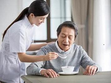 """居家护理中,老人的 """" 6个怎么办 """""""